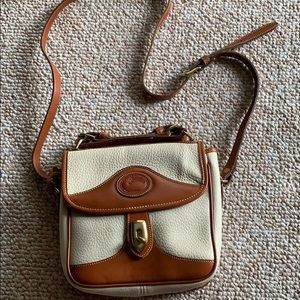 Dooney & Bourke Cross Body purse